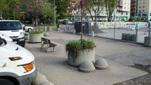 Plac przy skateparku - donice
