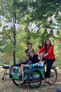 Osiedle Przyjaźń - przejażdżki podczas sąsiedzkiego pikniku